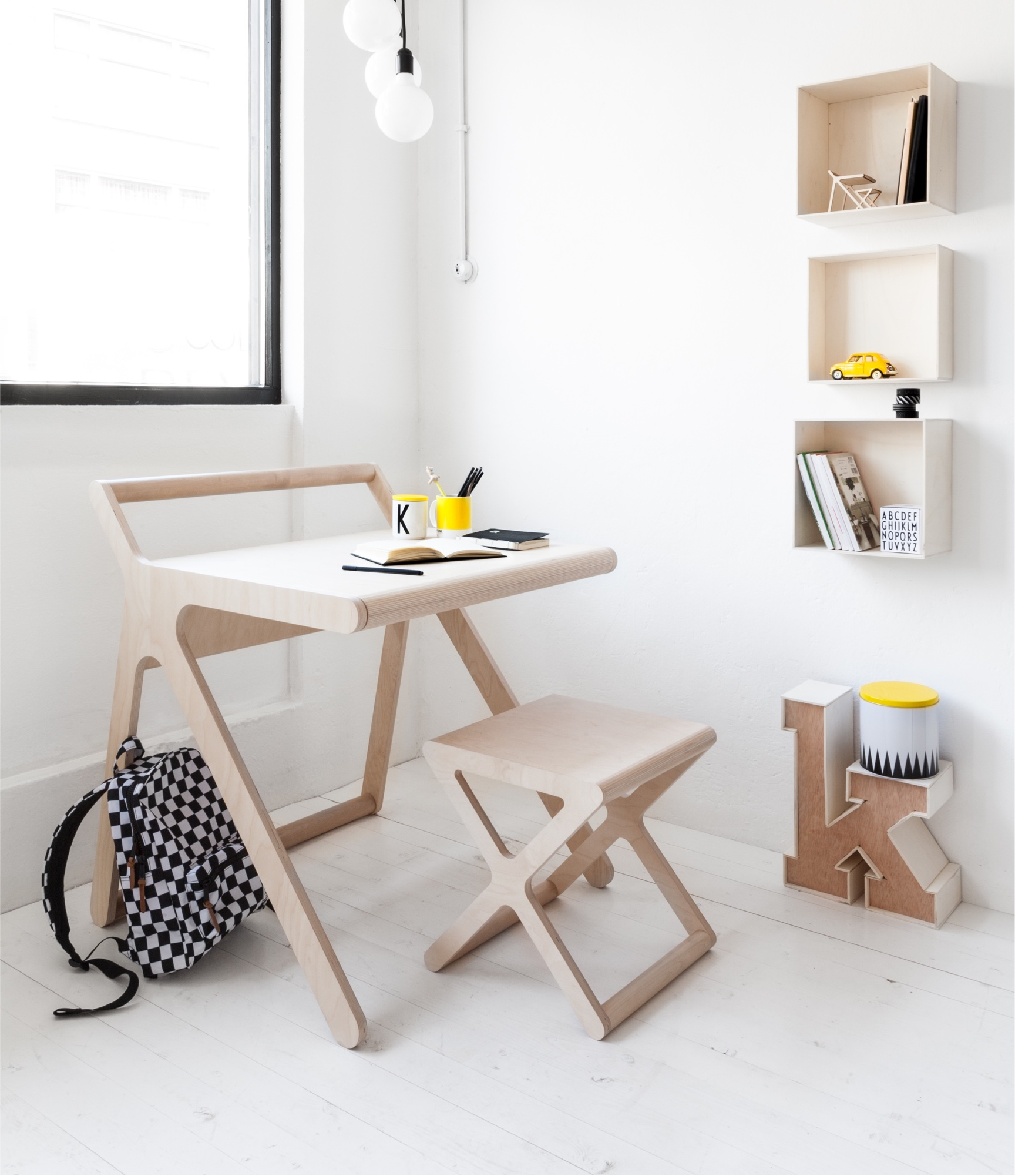 rafa kids k desk natural